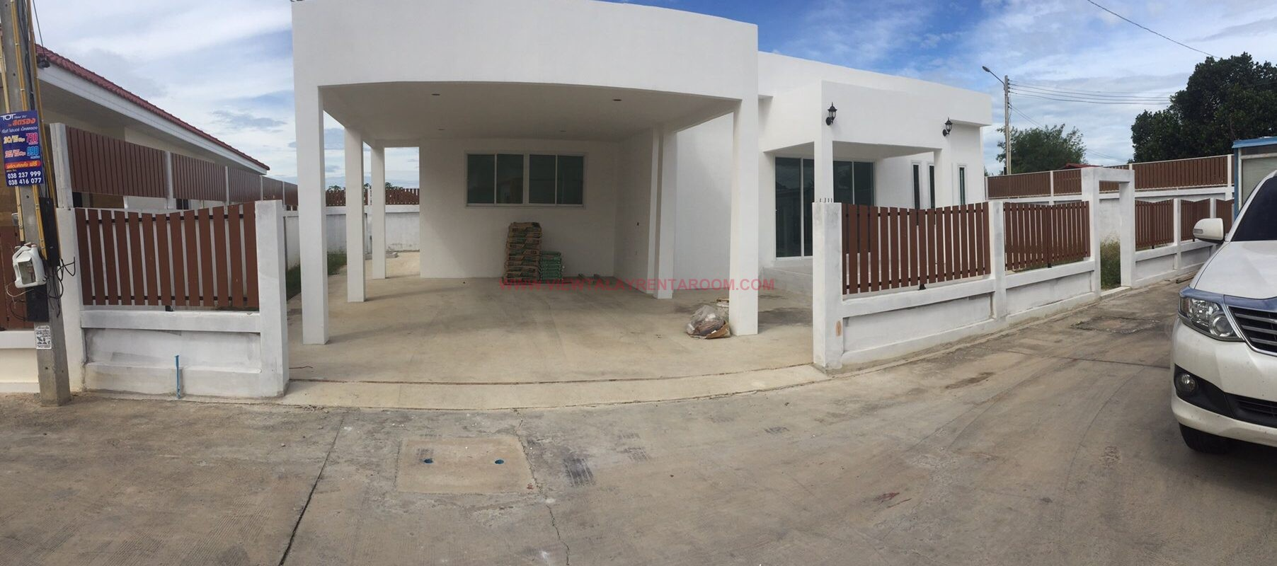 ID44 : House for sale