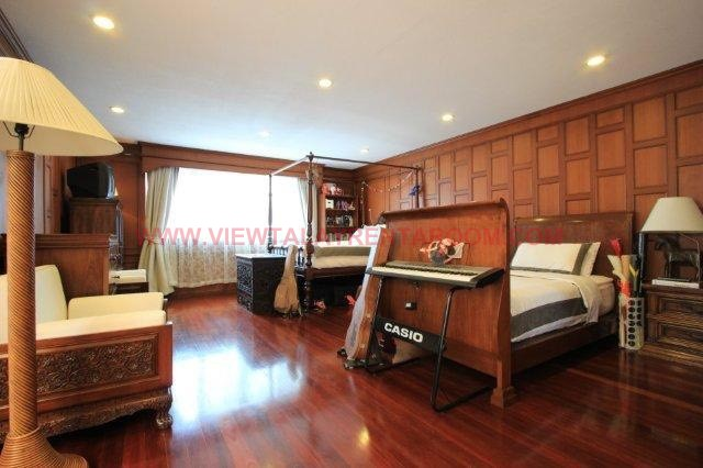 ID89 : Houses for sale