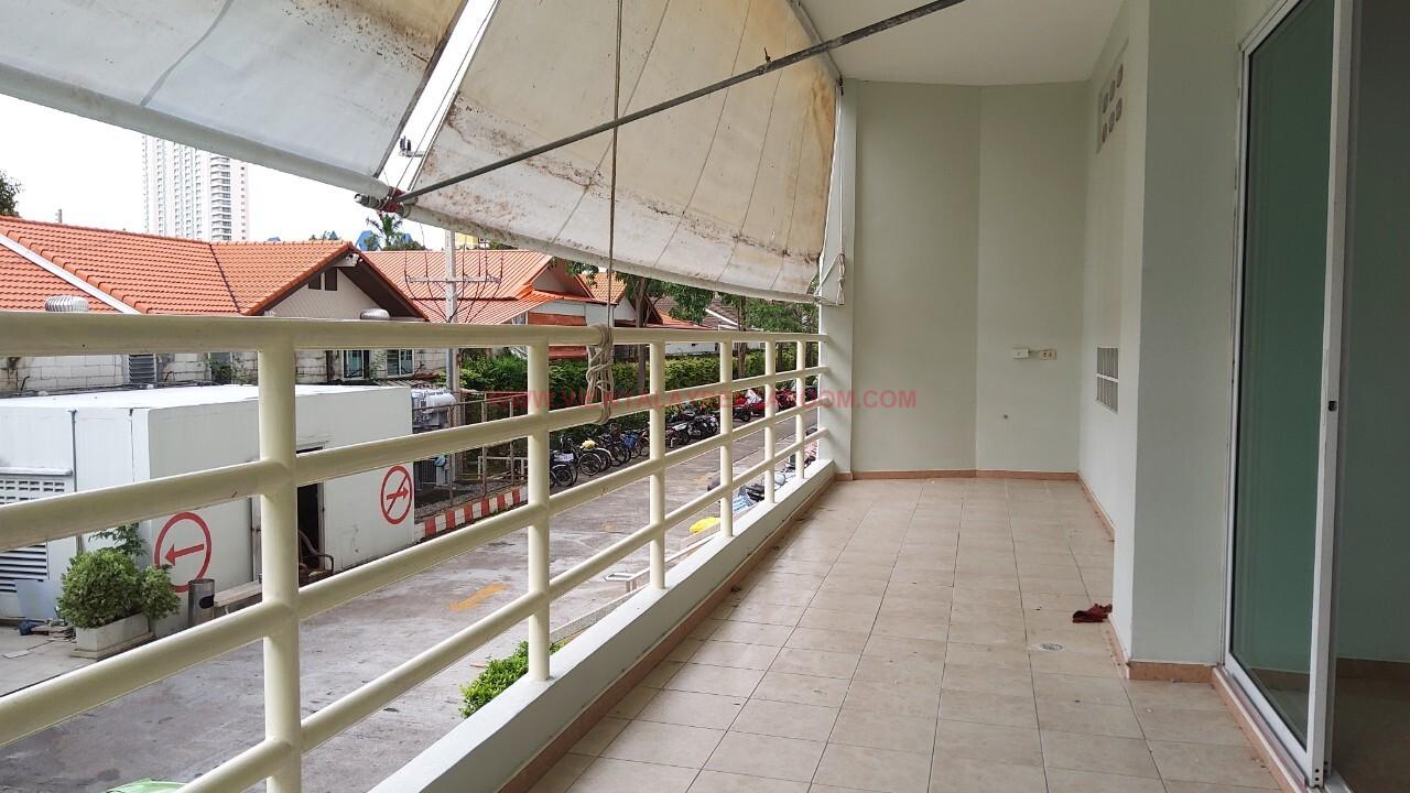ID96 : View Talay 5D.